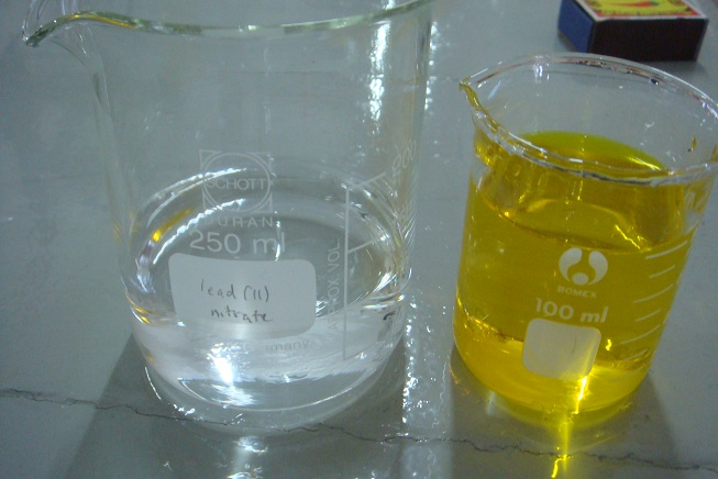 Figure 9: L - colourless solution is lead(II) nitrate and R - yellow transparent solution is potassium chromate(VI)